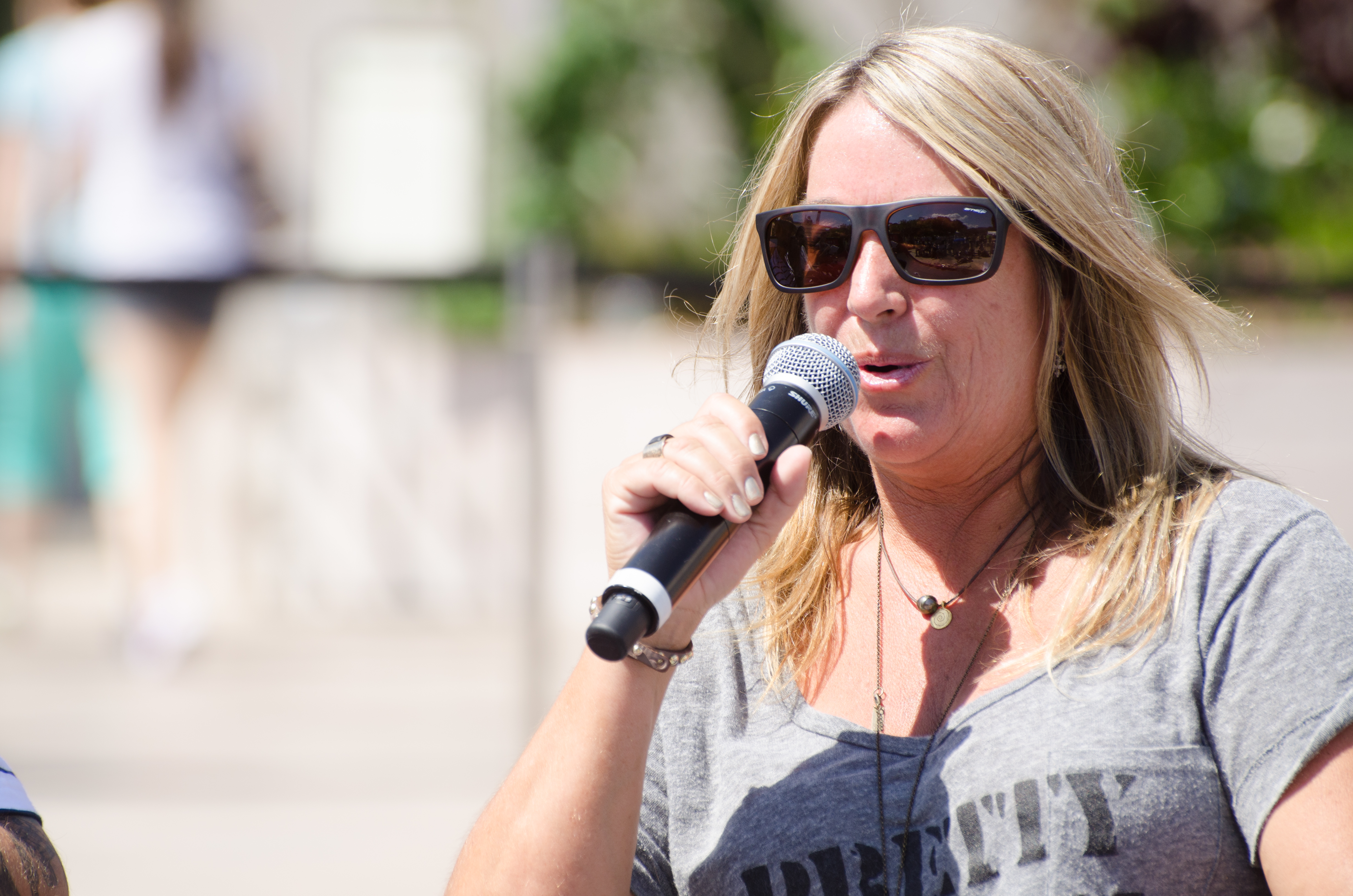 Cindy speaks at Innoskate about skate fashion.
