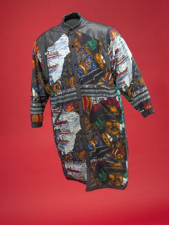 Afrika Bamabatta coat, front view.