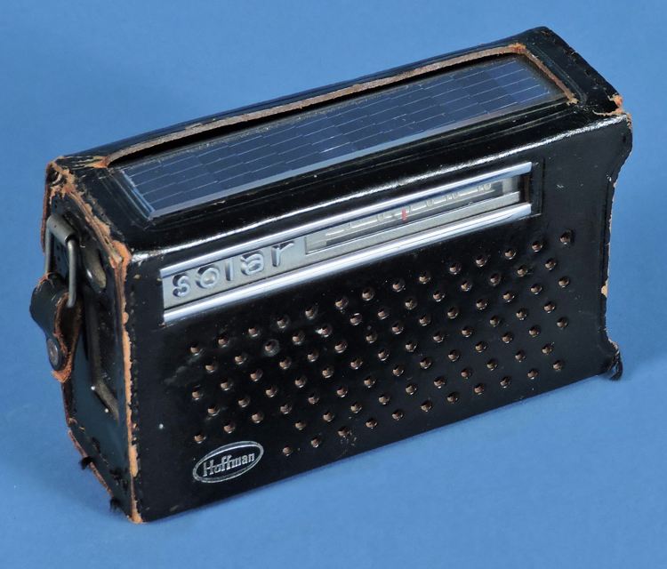 Hoffman model KP709XS transistor solar radio in leatherette carrying case, about 1962. Solar panels are on the top of the radio.