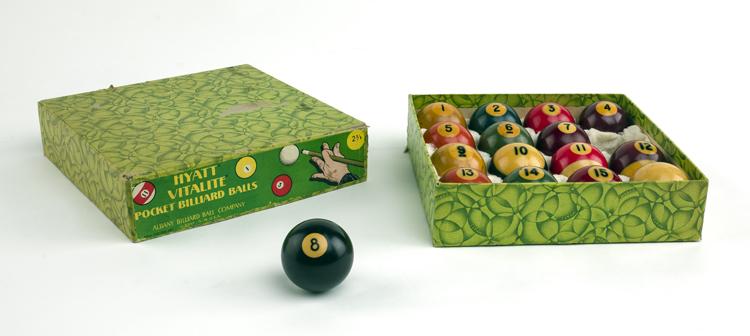 16 multicolored numbered Vitalite billiard balls in Hyatt Vitalite Pocket Billiard Balls box