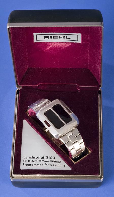 Synchronar 2100 solar-powered wristwatch, 1973, in original gift box