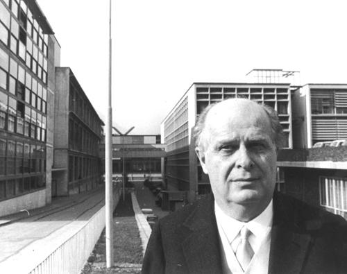 Adriano Olivetti, 1960