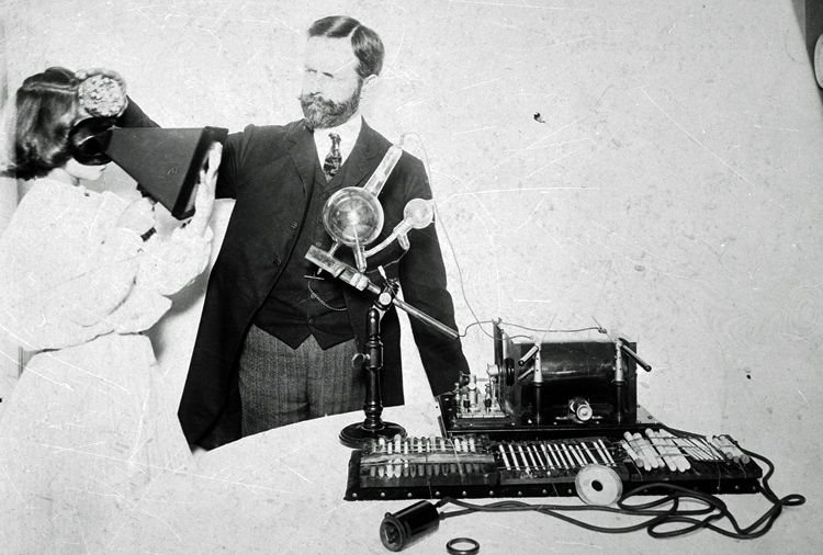 William Hammer showing his daughter Mabel experiments with X-rays
