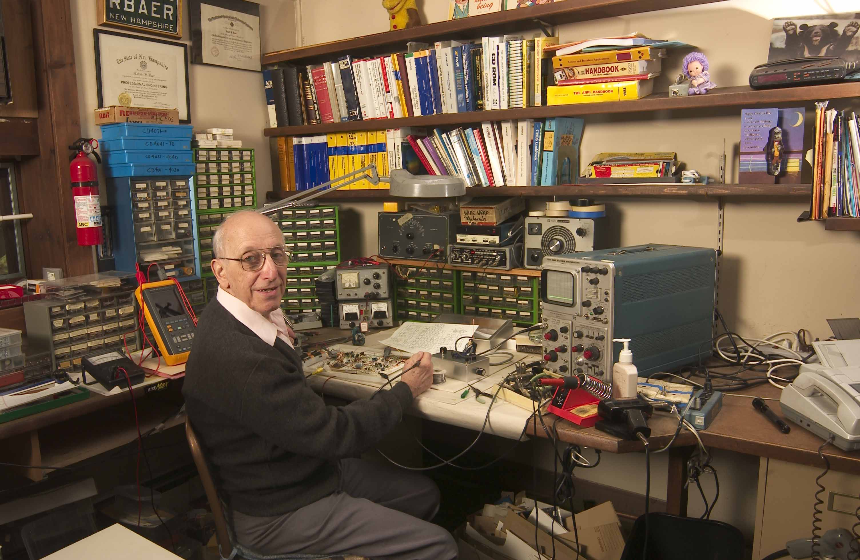 Image of Ralph Baer in his home workshop