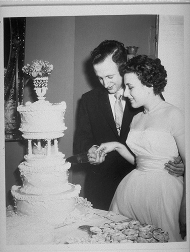 Image of Jerry and Dolly Lemelson on their wedding day.