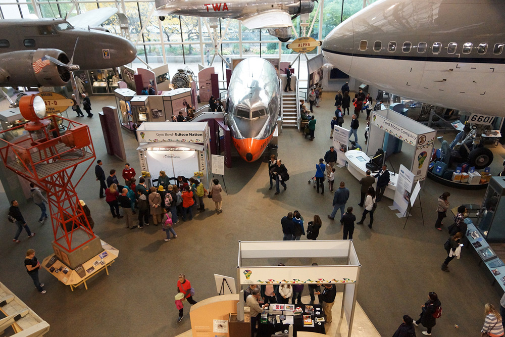 Image of 2014 Innovation Festival at Smithsonian Air & Space Museum