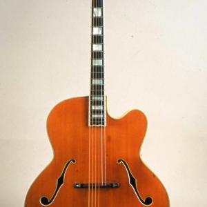 Photo of Stromberg Master 400, 1954