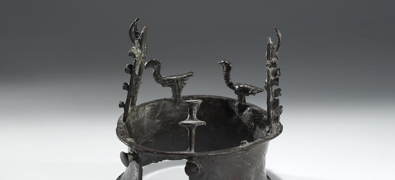 Copper crown with Building-Façade Decoration and Vultures.
