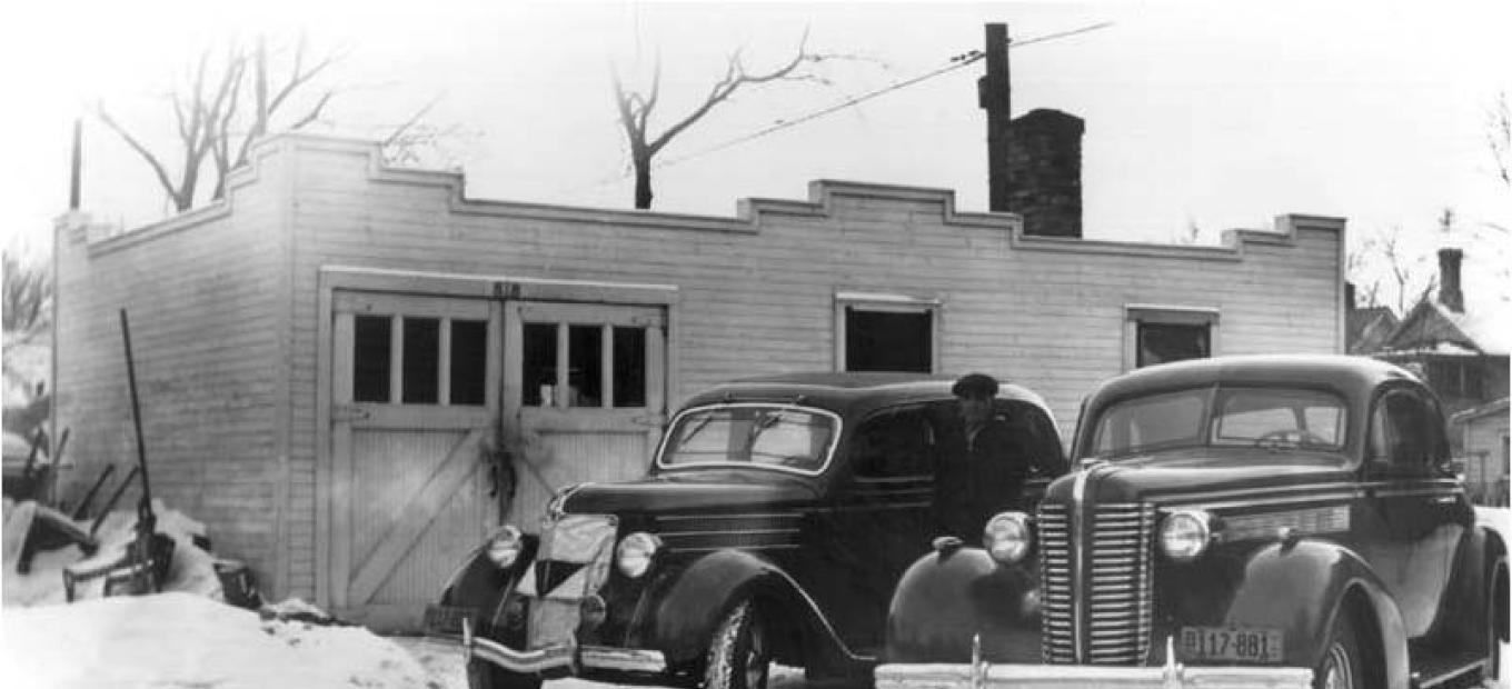 The Medtronic Garage in 1930.