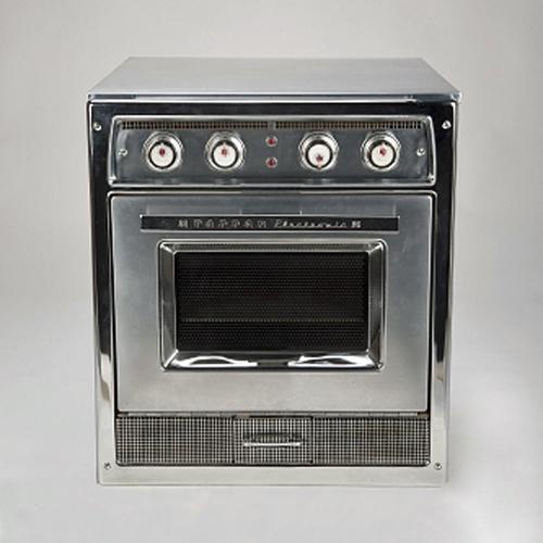 Tappan Model RL-1 microwave oven